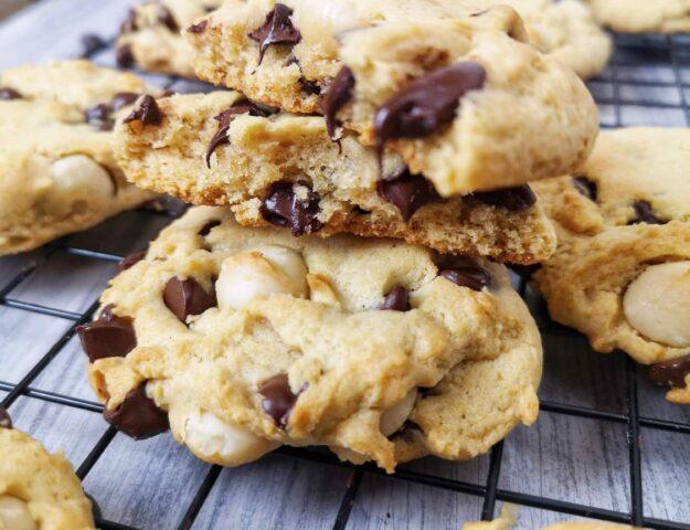 Biscuits végans noix de macadam et chocolat noir